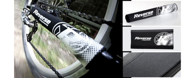 Reverse - Protège base arrière néoprène avec logo - blanc