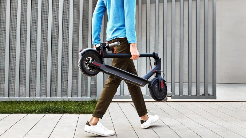 media/image/xiaomi-mi-e-scooter-faltsystem.jpg